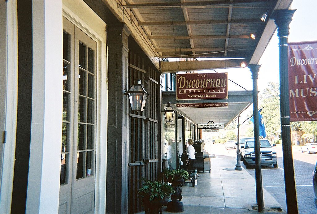 Natchitoches-Louisiana-affordable-small-sunny-town
