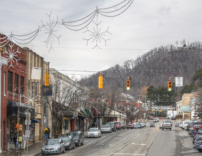 boone-north-carolina-affordable-small-sunny-town