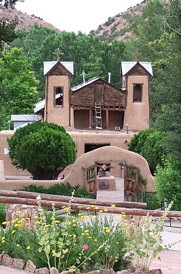 chimayo-new-mexico-affordable-sunny-small-town