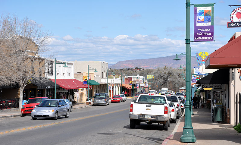 cottonwood-arizona-affordable-small-sunny-town