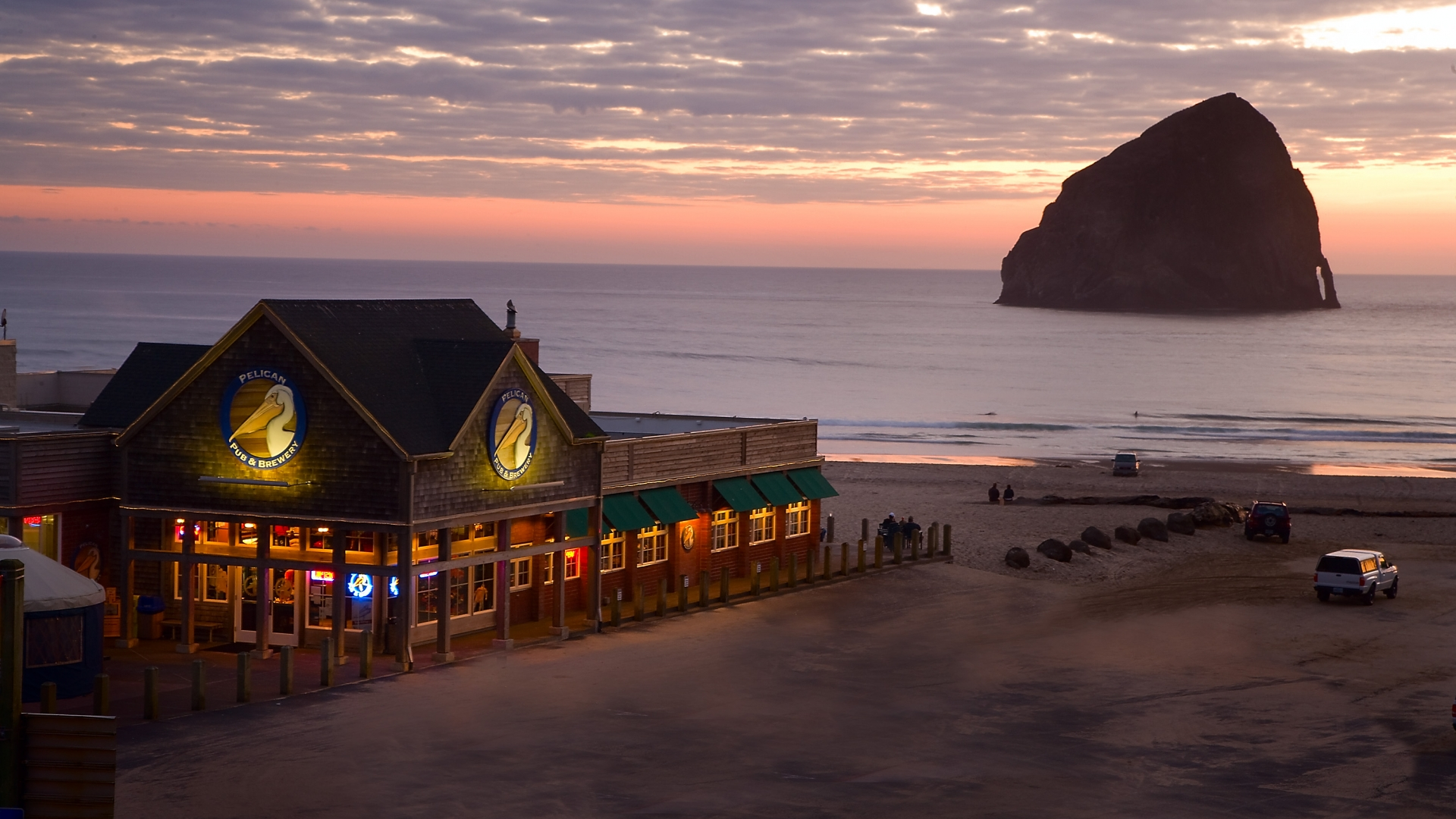 Pacific City West Coast Light Therapy Review 30 Most Relaxing Underrated Beach Towns On